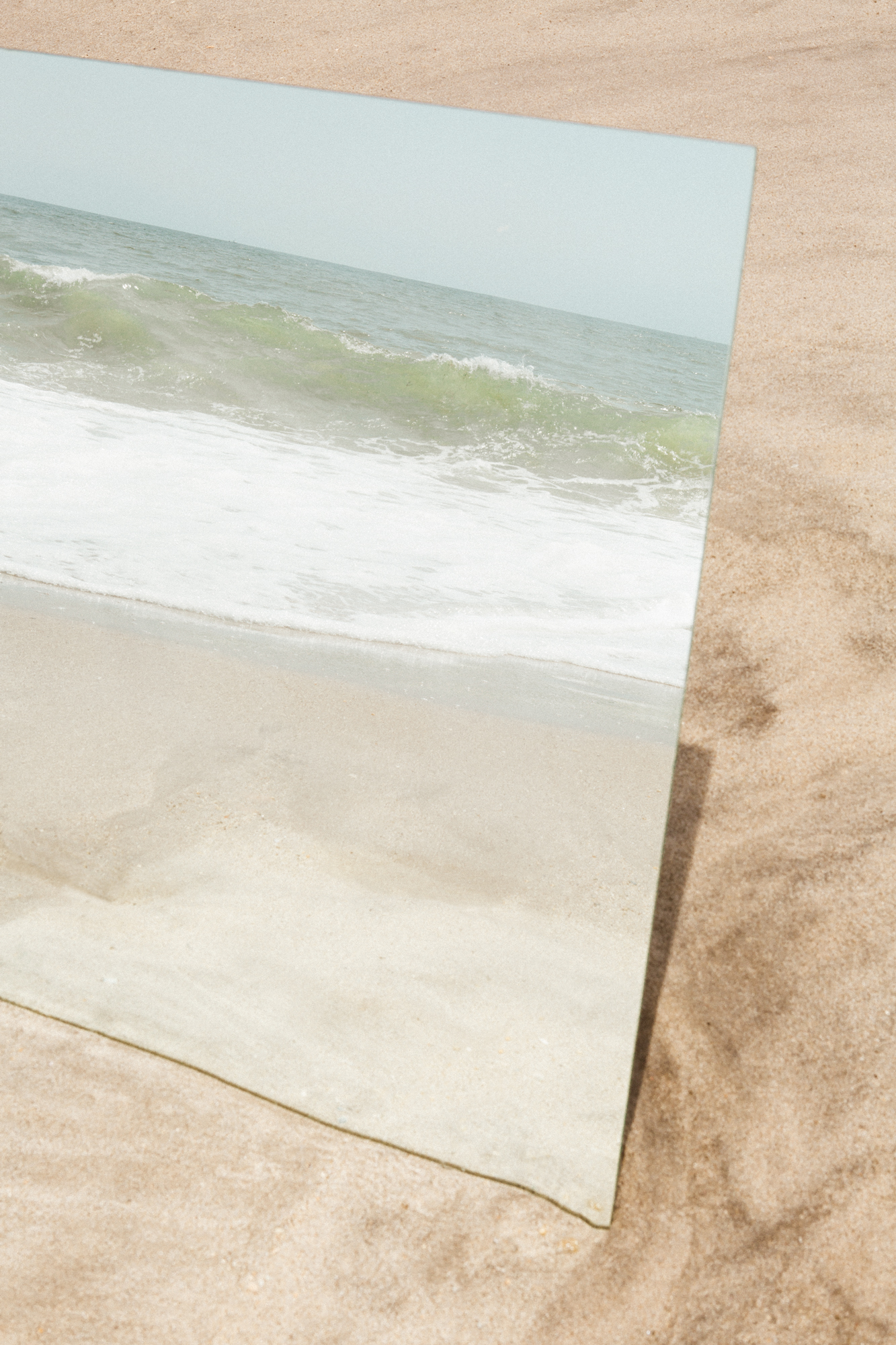 isles_mirror